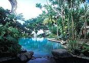 Sinalei Resort pool.