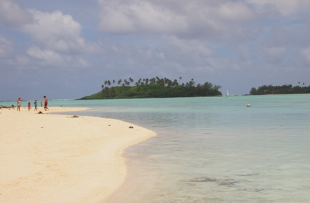 Muri beach and lagoon