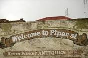 Piper Street sign