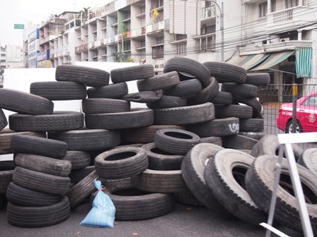 Tyre roadblock near Army headquarters