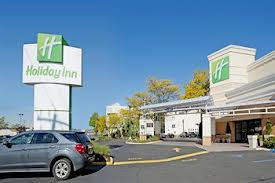 A typical Holiday Inn in America