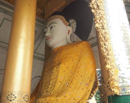 Buddha statue at Shwe Dagon Pagoda