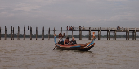 Boat and U Bein bridge