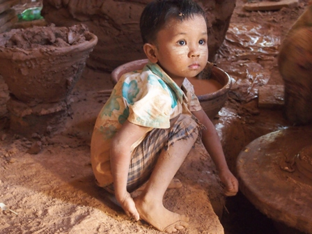 Nwe Nyein village potter's child