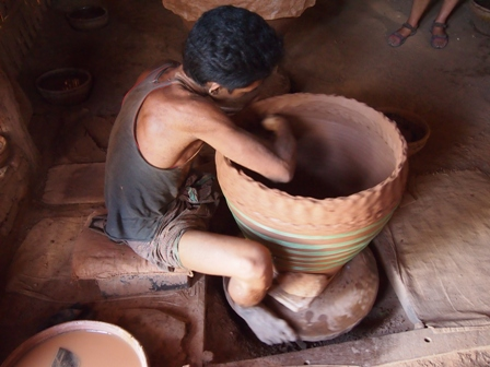 Nwe Nyein village potter