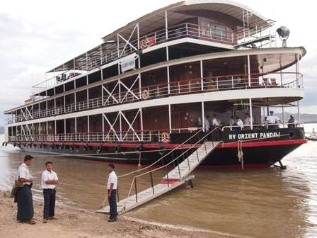 RV Orient Pandaw moored at Pagan