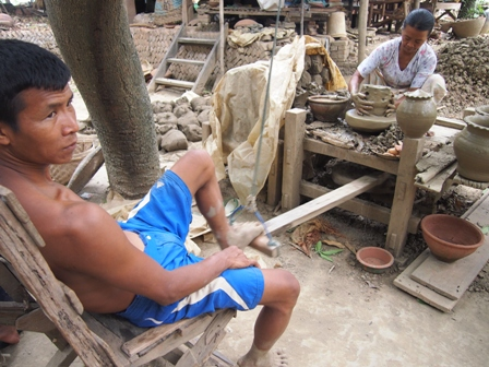 Yandobo pottery making