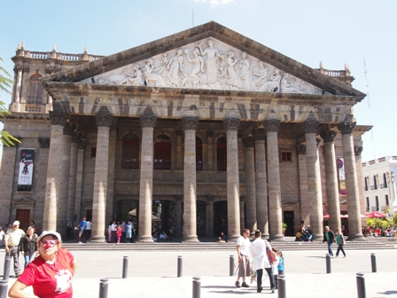 Teatro Degollado with photo bomber