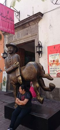Tlaquepaque centaur sculpture