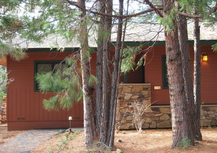 Mount Shasta Resort cabin