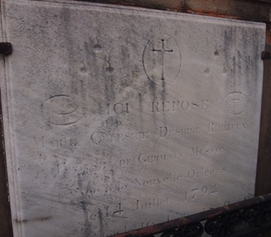 St Louis Cemetery #1 tombstone