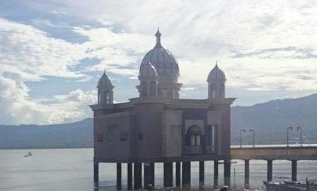 Palu waterfront mosque